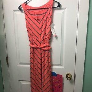 Liz Lange maternity dress size XS. New with tags!
